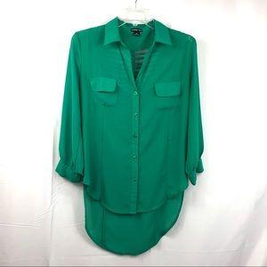 Audrey Ann Slat Back Green Button Top Size M